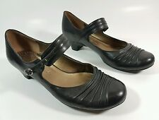 Clarks black leather mid heel shoes uk 4.5 Eu 37.5 super condition