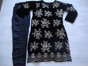 Lashkaraa Ready Made designer Velvet Suit  Embroidered 2021 2pc
