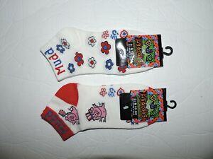 Lot of 2  Mudd Socks Ankle Style  Logo Women's 9-11 Pigs Flowers