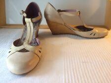 Mary Jane Leather Wedge Sz. 40 EU 9.5 US Spain Cream Wonders