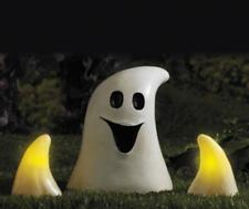 BNIB NEW SOLAR GHOST LIGHT HALLOWEEN OUTDOOR DECORATIONS GARDEN INDOOR PARTY