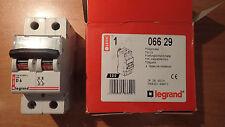 Legrand 06629 - Disjoncteur 6A - Mono 2P - Courbe D (moteur-Clim)