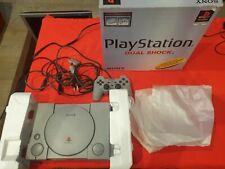 Consola Playstation 1 en caja