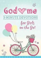 God Hearts Me: 3-Minute Devotions for Girls on the Go! (Paperback or Softback)