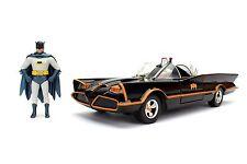1/24 Jada Metals Classic TV Series 1966 Batmobile & Batman Robin Figures 98259