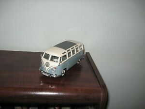 "Maisto Volkswagen VW 1960s Van Samba bus 1:25 scale 7""  Die cast Model"