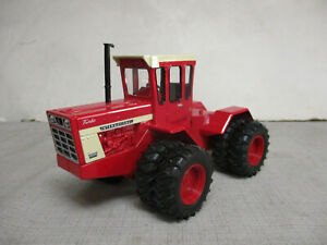 (2007) International Harvester 4366 4WD Toy Tractor, 1/32 Scale