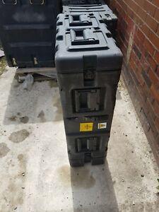 """SKB 3RR-3U Black 19"""" Rack Transit Storage Case with Wheels [GR384-2]"""