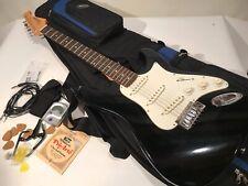 Silvertone Samick SS-11/BK Strat Type Guitar W/Padded Harmony Case & Accessories