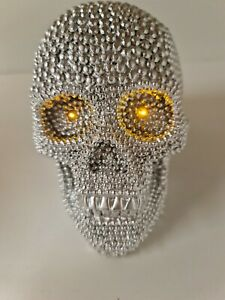 Halloween, shiny Silver Skull head Eyes Light Up Shiny Beaded, Battery Included