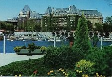 Postcard VICTORIA British Columbia THE EMPRESS HOTEL Canada French English House