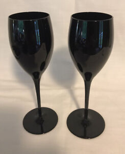 Pair Black Wine Goblet Glasses Beautiful Pair 9 Inches Tall