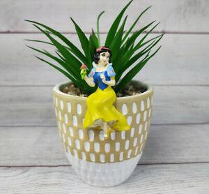DISNEY Snow White Mini Figurine Pothanger Indoor/Outdoor Decorative Statue