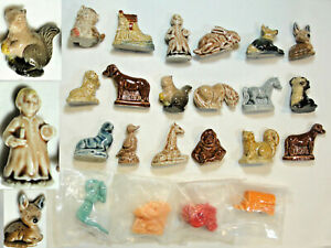 22 Wade Miniature Figure Lot Whimsies Red Rose Nursery Rhyme Bunny Fawn Dog+ Lot