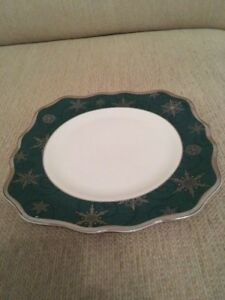Wedgwood Sterling Holidays 21cm Side Plate- New