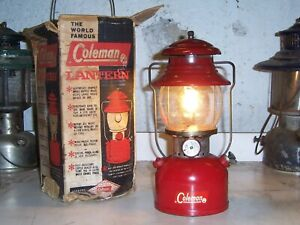 Vintage Coleman lantern model 200A, 1962, with box, works
