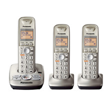 Panasonic KX-TG4223 Expandable Digital Cordless Answering System with 3 Handsets