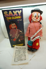 VINTAGE BATTERY OPERATED TOY SAXY THE CLOWN MUSICAL 19 INCH ORIGINAL BOX PARTS d