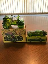 2 collectible Avon Bottles - A 1902 Haynes-Apperson and A 1965 Corvette Stingray