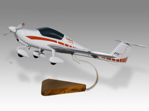 Diamond DA20-100 Katana FFA Solid Kiln Dry Wood Replica Airplane Desktop Model