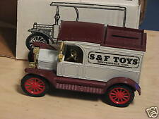 1991 ERTL (S & F TOYS) 1913 OPEN FRONT PACKAGE CAR BANK. NIB