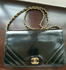 Authenticated Chanel Patent Leather Black Vintage Single Flap Bag Small CC