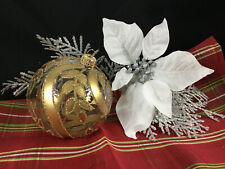 """Gold/Clear Leaf – Mouth-Blown Hand-Decorated European 4"""" Round Holiday Ornament"""