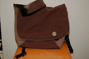 "Crumpler ""The Part and Parcel"" laptop messenger bag Brown & Orange"