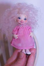 Fairyland Realpuki Real Puki Lati White Dress Smocked Tiny Doll Boneka 9cm