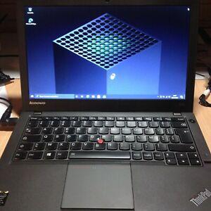 Lenovo Thinkpad X240 Core I5 2x2,90Ghz Ram 4Go SSD neuve 240GO Clavier Rétroécla