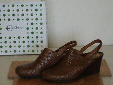 Earthies Women's Brown Leather Size 10 Mule Heels