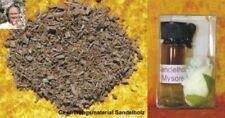 Aroma- & ätherische Öle im Glasflaschen-Behälter und Sandelholz