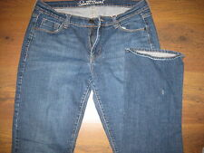 OLD NAVY 8 X 31 STRETCH BOOT CUT SWEETHEART DISTRESSED WOMENS DENIM JEANS EUC