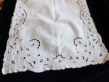 VTG White Linen Madeira Cutwork & Hand Embroidered Dining table dresser runner