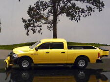 GREENLIGHT 2014 RAM 1500 TRADESMAN FROM {BLUE COLLAR COLLECTION} 1/64 SCALE NEW
