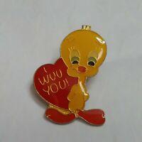 Tweedy Bird I Wuv You! Lapel Hat Jacket Pin Valentine Heart Warner Brothers