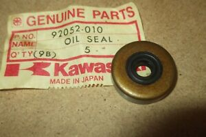 KAWASAKI KE175  KD175  F6  F7  GENUINE NOS CLUTCH PUSH ROD SEAL - # 92052-010