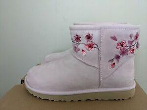 Ugg Australia Womens Classic  Mini Blossom Boot  Size 10 NIB