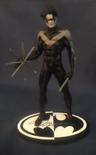 BATMAN BLACK AND WHITE STATUE NIGHTWING SIGNED JIM LEE ONE-OF-A-KIND! #2056/5000