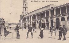 8135) FAENZA PIAZZA VITTORIO EMANUELE BANCARELLE DEL MERCATO.