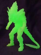 "Monster X/Brillan en Oscuridad Bandai Figura Pvc Mancha H4"" Godzilla Kaiju De Juguete/Reino Unido"