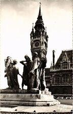 CPA Calais-L'Hotel de Ville et les Six Bourgeois (268281)