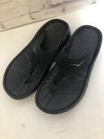 Hoka One One Men Size 8 Women's Sz 10 Black Flip Flops Slip On Sandals Comfort