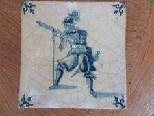 Rare Carreau arquebusier Delft Lille 17eme XVIIe 18ème Faïence Tile