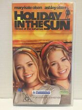 HOLIDAY IN THE SUN ~ MARY-KATE & ASHLEY OLSEN ~ VHS VIDEO