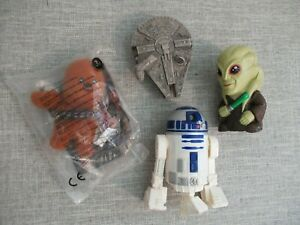 Clone Wars Star Wars Disney figure toy playset bundle Chewy Falcon R2D2 8 ball