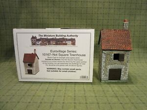 Miniature Building Authority 28mm Eurovilliage - Not Square Townhouse