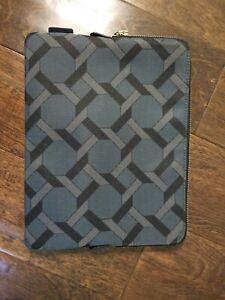 New PAUL SMITH Damson Belvoir Castle Tiles Print iPad Case