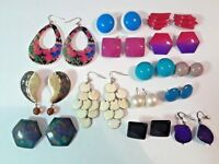 Colorful vintage pierced earrings. plastic, metal, shell, pearl, pink, red, gold