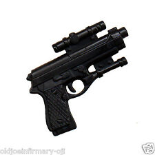 M&C Toys Weapon Beretta 9mm Handgun & Scope for Action Figures 1:6 (8221g55)